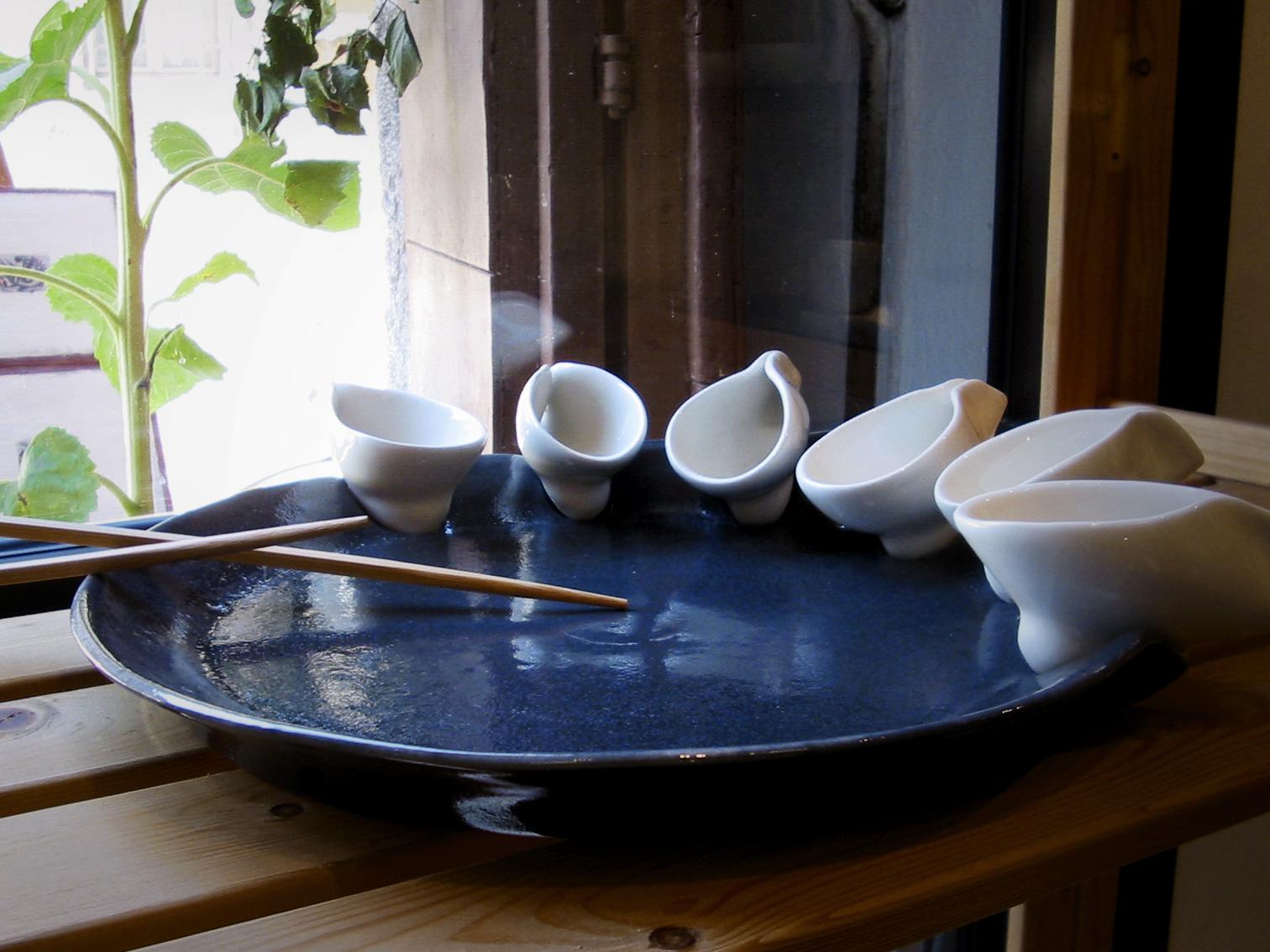 SALSIERA piatto con coppette estraibili per salse